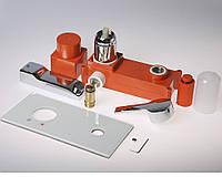 Однорычажный смеситель для умывальника настенного монтажа E-51