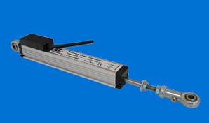 Потенциометрический датчик линейных перемещений серии LFM с двустороннимштоком с шарнирами