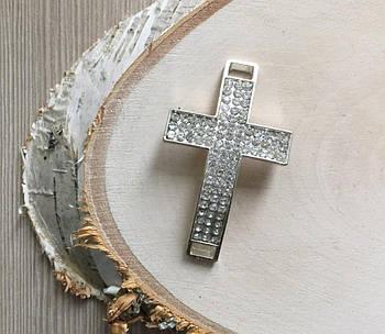 Подвеска в стразах крест 35*55 мм серебро