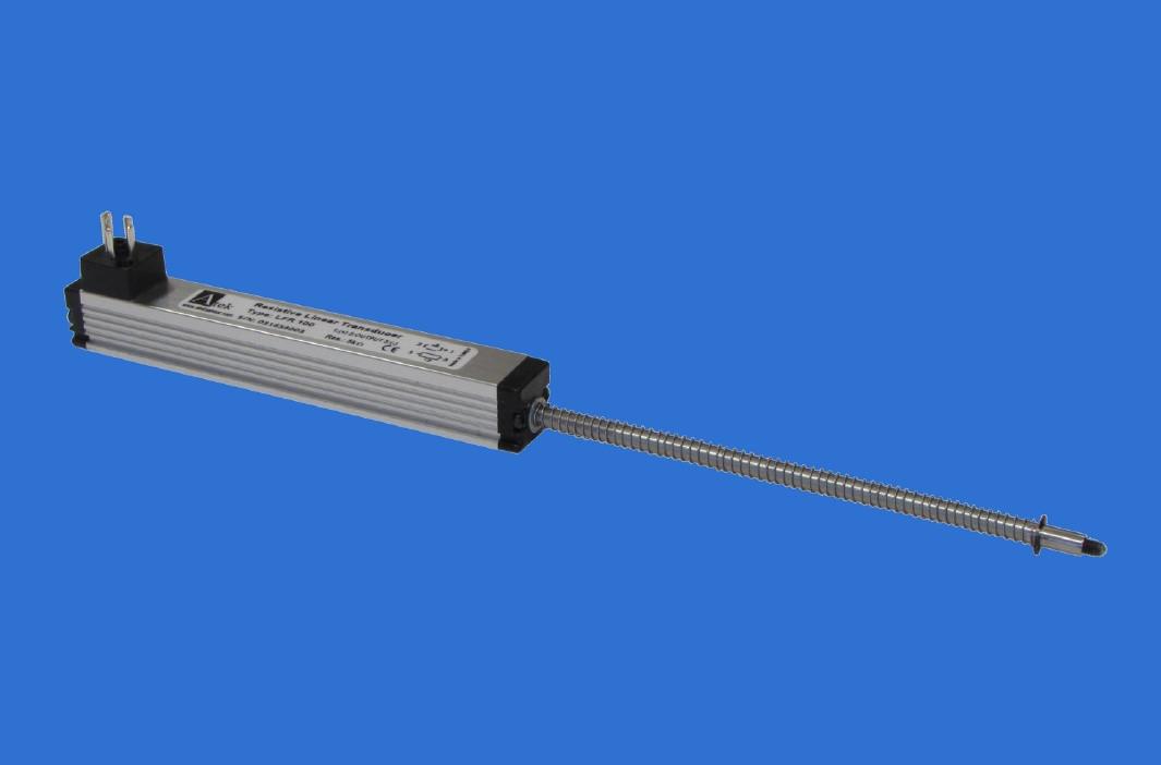 Потенциометрический датчик линейных перемещений серии LFR с возвратной пружиной, компактный размер