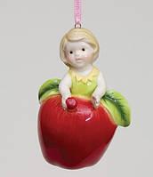 """Фарфоровый подвесной Колокольчик """"Девочка яблочко"""" Pavone CMS - 36/ 2"""