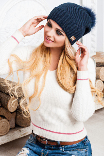 Теплая женская шапка с бомбоном Ilismer, темно-синий