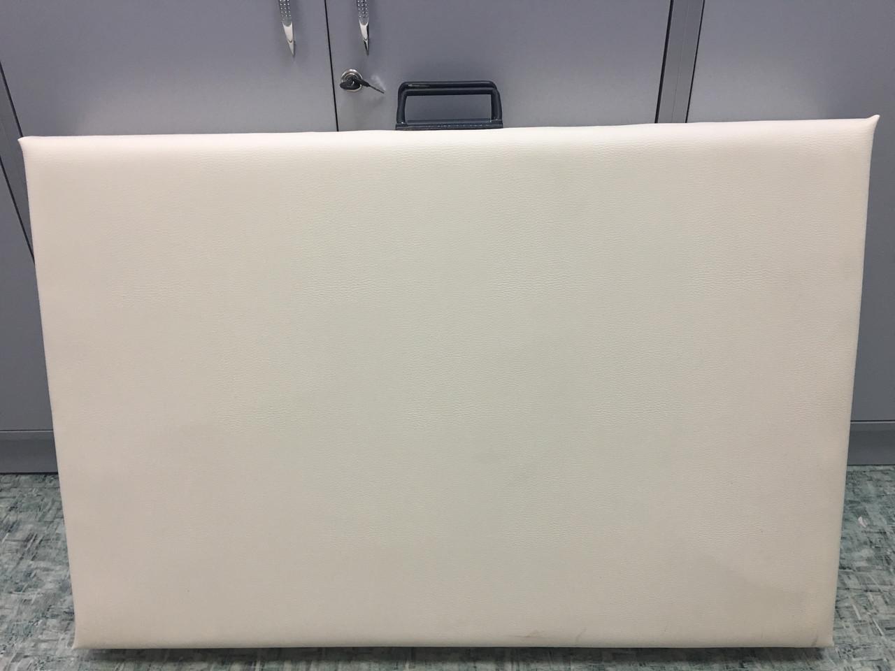 Косметологическая кушетка - массажный стол, слоновая кость