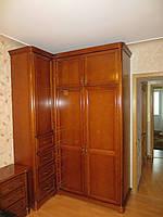 Шкаф угловой для спальни из массива бука платяной