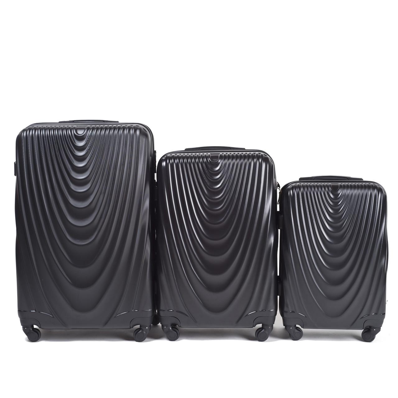 55b6ec474202 Комплект пластиковых чемоданов Wings 304-3 на 4 колесах: продажа ...