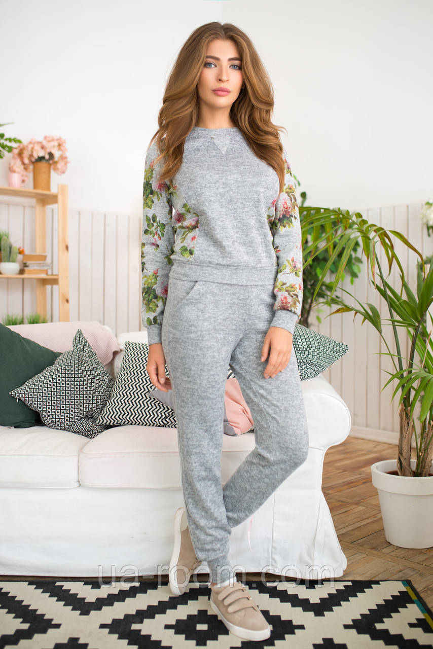 Женский костюм №211 серый