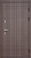 Входная дверь в квартиру  Максима Скотч