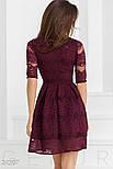 Гипюровое праздничное платье бордового цвета с декольте на запах, фото 3