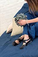 Туфли без каблука на шнурках