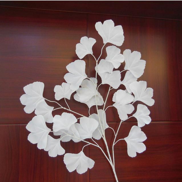 Гингко билоба, лист декоративный, белый