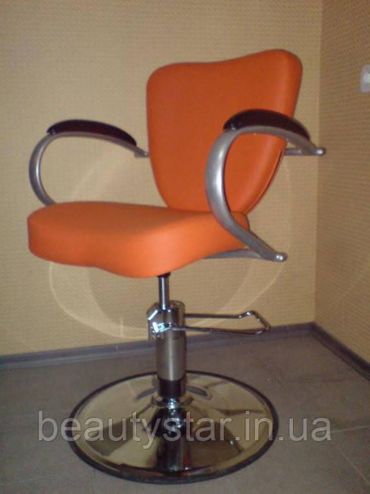 Кресло парикмахерское Кр014