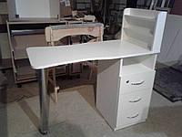 Маникюрный стол Стандарт с полками