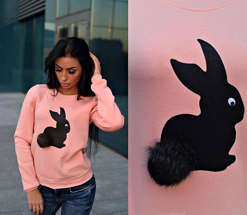 Стильный свитшот трехнитка на флисе с зайцем цвет персиковый, фото 2