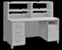 Стол лабораторный с выдвижными ящиками, закрывающейся тумбой и верхней надстройкой сл-001 медицинский
