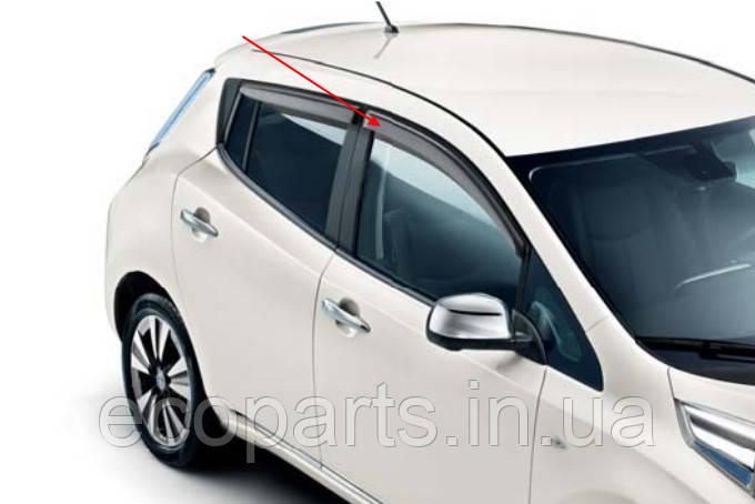 Дефлектори вікон для Nissan Leaf (10-17)