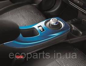 Центральна консоль для Nissan Leaf (10-17)