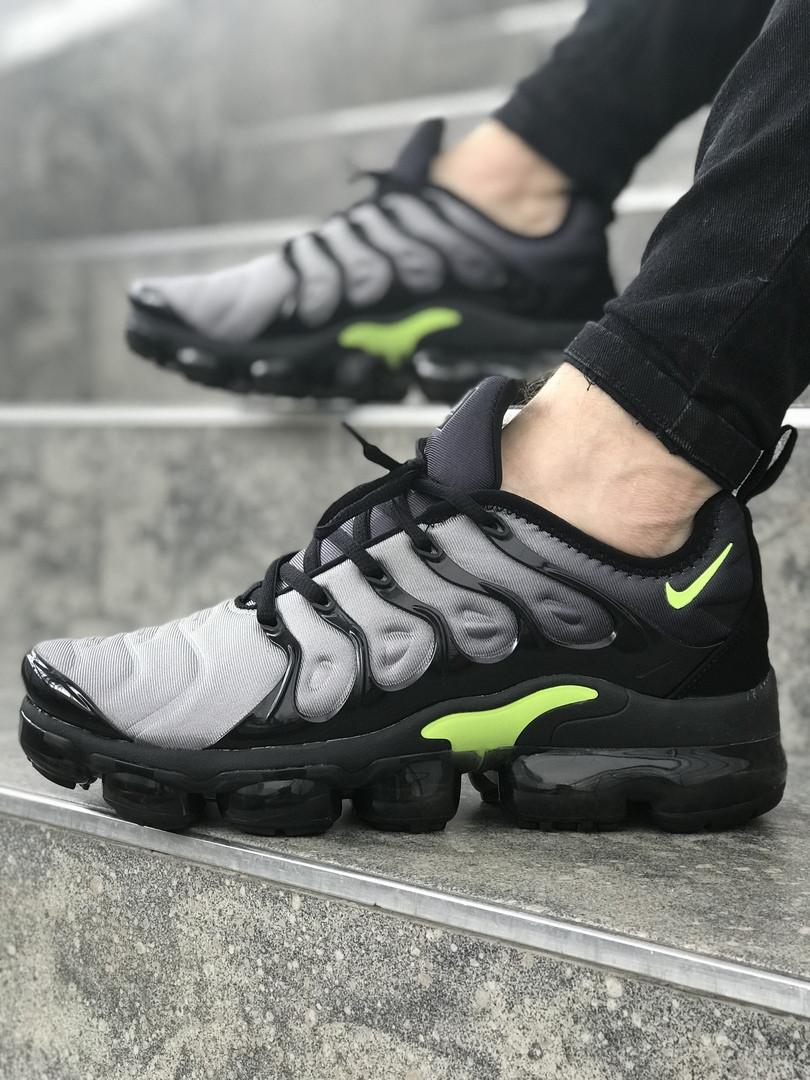 Мужские  кроссовки Nike Air Max TN серые топ реплика