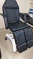 Педікюрне крісло-кушетка чорне ,гідравліка ZD823A