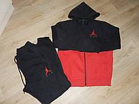Женский теплый спортивный костюм Nike.
