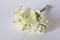 Цветы хризантемы (астры) 6 шт. диаметр 3,5-4 см бело-зеленого цвета, фото 1