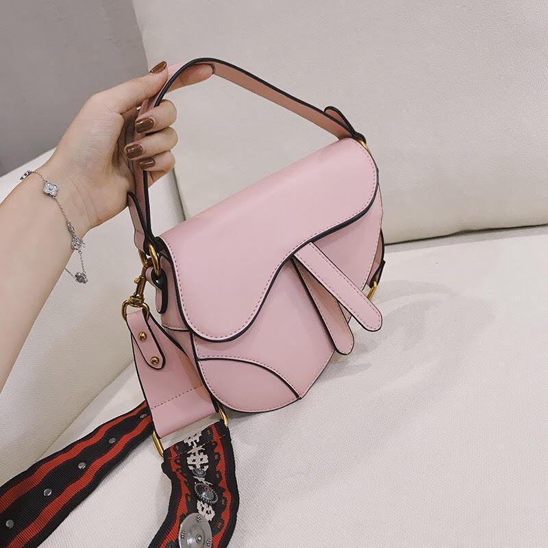 fa7369b6f900 Сумка Женская Седло,копия Christian Dior Saddle. Копия Кристиан Диор. — в  Категории