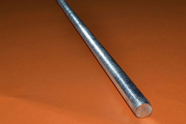Шпилька М20 DIN 975 с левой резьбой