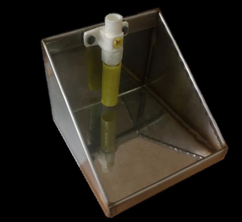 Автоматическая поилка с пластиковым клапаном, для коз и овец (нержавейка)