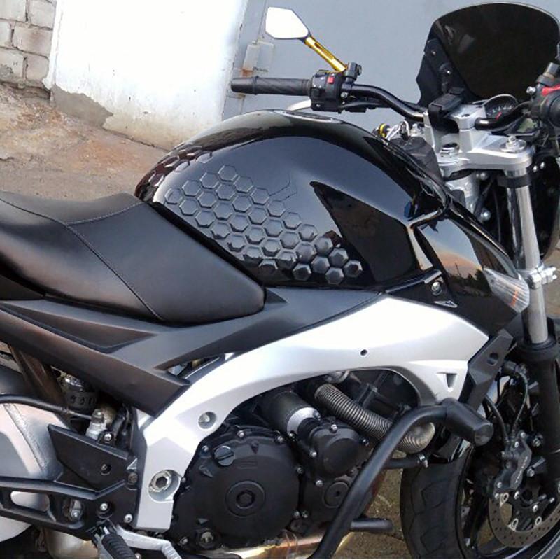 Наклейки на бак мотоцикла боковые соты, прозрачные