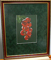 Красная смородина картина пастель в раме с бархатным паспарту