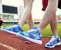 Кроссовки летние женские с синим принтом, фото 1