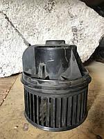 Мотор вентилятора печки (отопителя салона) Ford