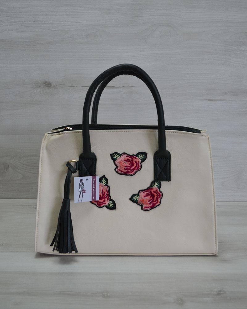 Молодежная женская сумка Кисточка молочная с нашивкой розы