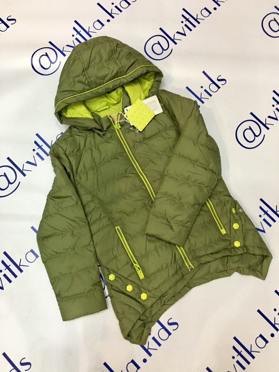 Куртка на девочку 4-14 лет