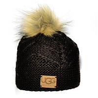 Стильная женская вязаная шапка с бубоном Ugg коричневая красивая модная теплая современная шапочка Угг реплика