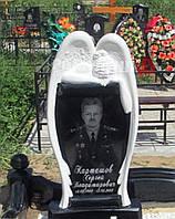 Резной памятник с ангелом №451