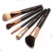Набір кистей Kylie complexion brush set