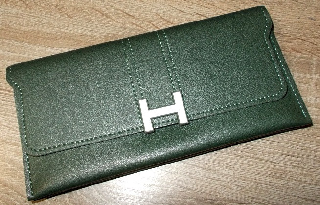 Кошелек - клатч копия бренда зеленый №10234