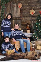 Стильные свитера и гольфы с оленями, снежинками