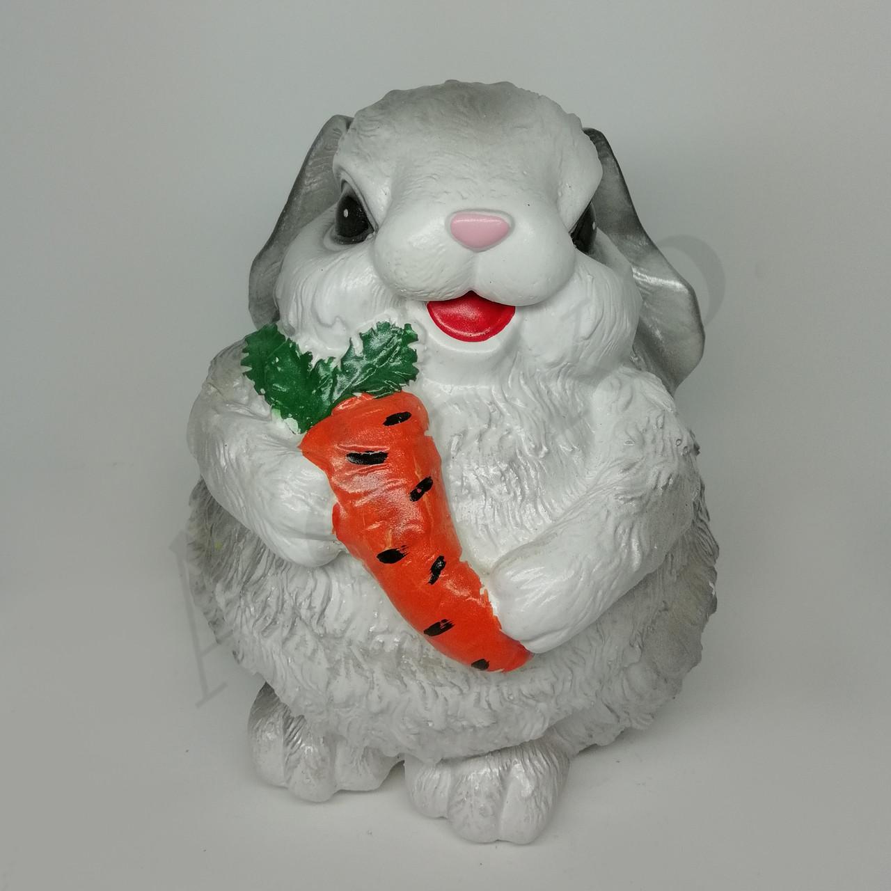 Скарбничка Зайчик з морквою 17 см