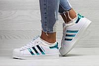Зимние спортивные женские кроссовки в стиле Adidas Superstar