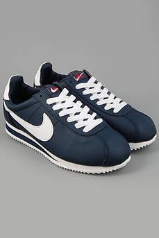 Осенние женские кроссовки Nike Cortez
