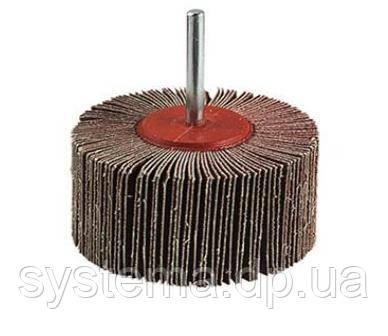 Лепестковая щетка на шпинделе 3M™ 339 SM, 60х30 мм, P60, 64508