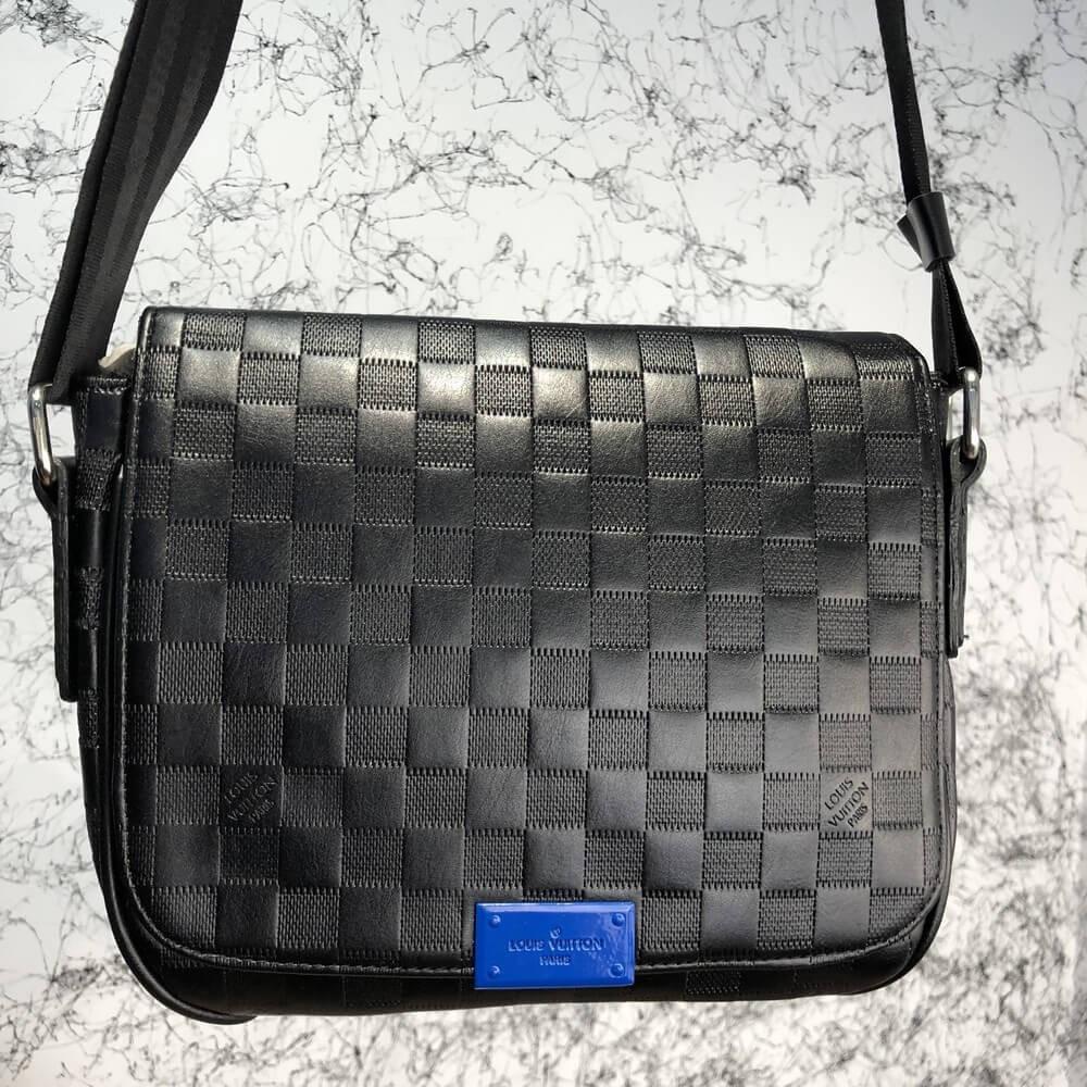c84cba401adc Сумка мессенджер Louis Vuitton District MM плечевая черная луи витон реплика