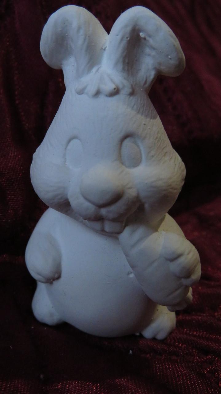 Гіпсова фігурка для розмальовки. Гипсовая фигурка для раскраски. Кролик с морковкой
