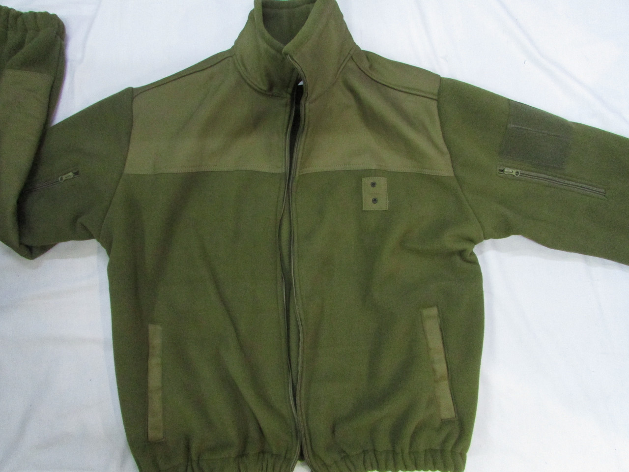Кофта флисовая хаки milt-3/2 с накладками на плечах и локтях для военнослужащих