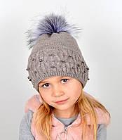 """Детская шапка с помпоном и жемчугом """"Фиби""""Беж темный, фото 1"""