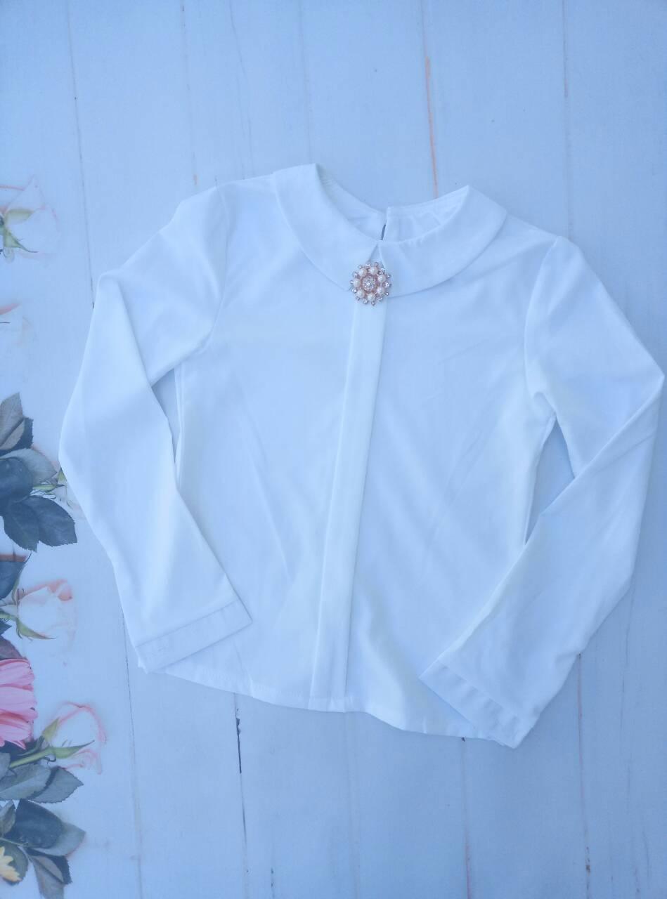 """Школьная блузка для девочки """"Брошь"""", р. 128-152, цвет белый"""