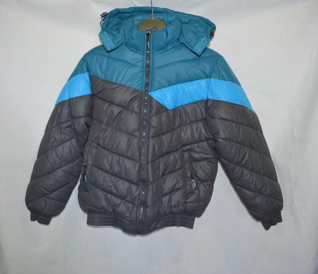 Куртки, джемпера, кофты, батники, гольфы, рубашки.