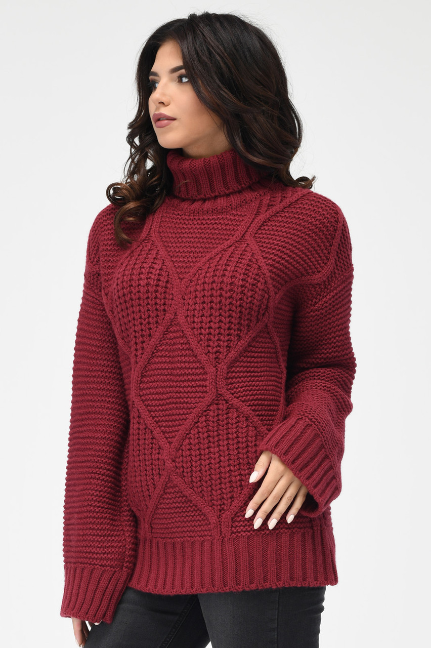 Вязаный женский свитер под горло бордо