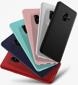 Цветной силиконовый чехол Samsung A6 Краcный